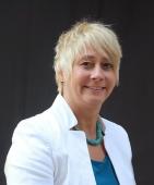 Dr. Annette Schwenzer